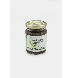 Creme der schwarzen Oliven und Trüffel